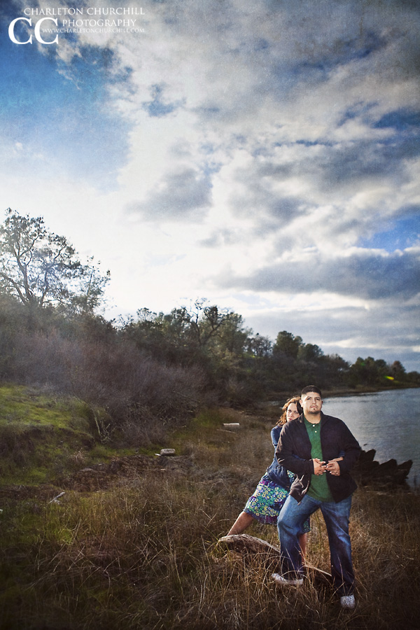 amador county lake pardee pictures of engaged couple near the lake by a sacramento wedding photographer