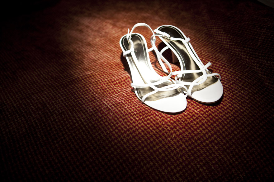 wedding shoes from the Marriot Hotel at Denver Marriot West wedding preparation images