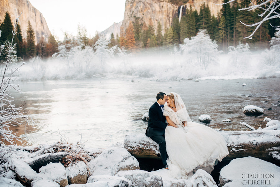 epic yosemite wedding during the snowy winter